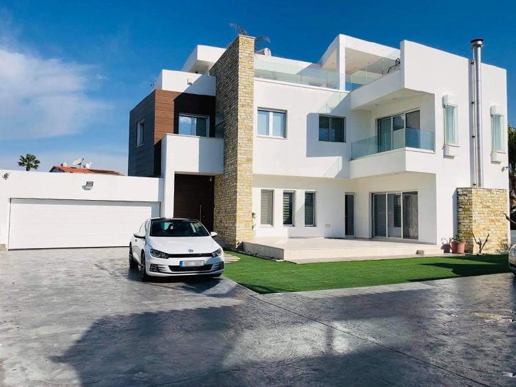House in aradippou 3
